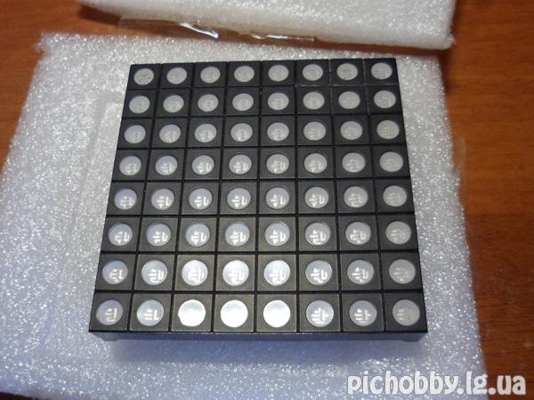 RGB LED индикатор 8x8