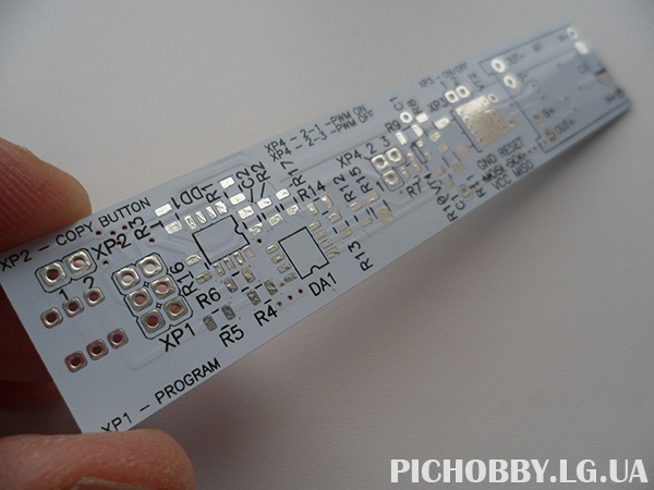 Заводская печатная плата фонарика
