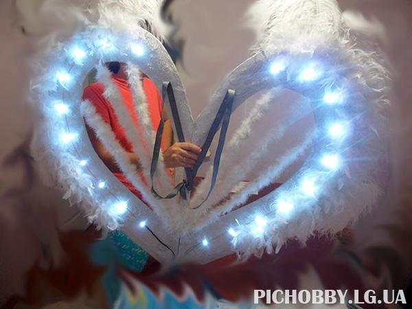 Крылья ангела со светодиодами фото