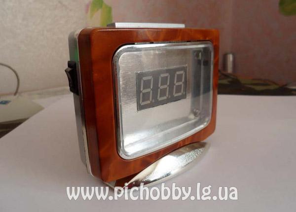 Термометр на микроконтроллере PIC16F628A в китайском будильнике